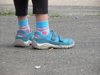 Frequency of Feet Deformities in Pupils Attending Junior Grades of Elementary School